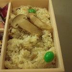 ゆしま扇 - 松茸ごはん。