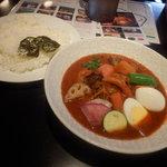 105900569 - とり野菜のスープカレー 1380円