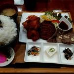 食のじかん - 料理写真:まんぷく定食 930円