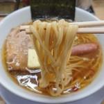 105914424 - 麺リフト