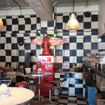 ジャックカフェ - 壁と床のみならず・・