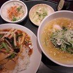 京花楼 - 中華丼セット