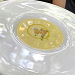 コジト - 朝採りトウモロコシの冷製スープ
