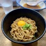 煮干しつけ麺 宮元 - 鴨鶏油の和え玉(250円)