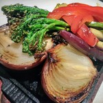 溶岩焼肉ダイニング bonbori - 野菜のロースト