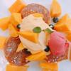 Sweet of Oregon - 料理写真:【季節限定】完熟マンゴーのパンケーキ(カフェ商品)