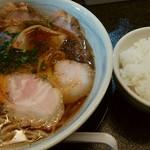 満麺の笑み - 料理写真:白ごはんは、ランチ時¥100