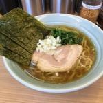 椿家 - 料理写真:煮干しラーメン720円