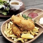 フィッシュ&チップス(NZ産カサゴ使用)
