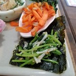 野菜と糀のカフェ このはな - 韓国海苔とナムル