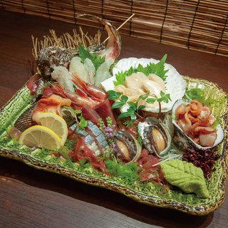 【神戸で魚介を食べるなら駅前】市場から毎日産地直送の新鮮素材