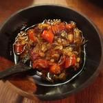 ブリ・マデ - サンバルサレタビオ   発酵海老味噌のサンバル