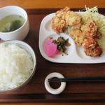 みやこ屋 - 料理写真:【中定食(6個) 620円】