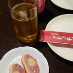 インドカレー&アジアンダイニング居酒屋どんのば - ビール、お通し