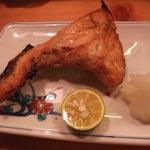 魚・旬菜小料理ととや - カマ塩焼です。