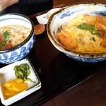 105985306 - カツ丼&ミニうどん