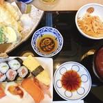東鮓本店 - 相方がいただいた寿司と天ぷらのセット
