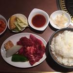 105989620 - 焼肉定食