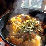 弁天茶屋 - 江ノ島丼です、ほっかほか~
