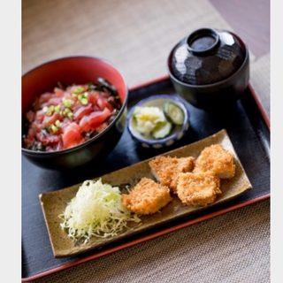 厳選食材で作る、ジャンルの枠を越えた豊富な料理を堪能!!