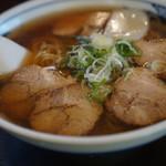 信州そば処 そば茶屋 - 料理写真:チャーシュー麺820円
