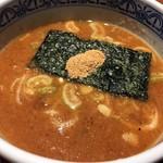 三田製麺所 - つけスープ接写。