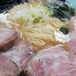 106012525 - チャーシュー麺¥850+のり¥50