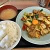 ランチハウス ミトヤ - 料理写真:野菜と肉野のタレ焼き定食