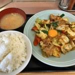 ランチハウス ミトヤ - 野菜と肉野のタレ焼き定食