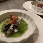 TRATTORIA TRINITA - 料理写真:稚鮎のコンフィ きゅうりのソースのカプレーゼ仕立て