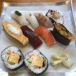 銀鮨 - 料理写真:寿司定食上2160円!