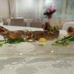 ラ クレリエール - 稚鮎フリット、クレソン。梅ソースに笹茶ソース