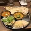 タンドール料理ひつじや - 料理写真:日替わり2種類カレーセット