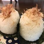 自家焙煎コーヒーcafe・すいらて - 梅と塩こんぶのまんまる海苔巻おにぎり(2019.4.19)
