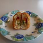 パンやのくっくう - 料理写真:ハムとチーズ クロックドーナツ