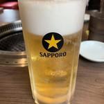 焼肉べこ六 - ドリンク写真:生ビール1杯目