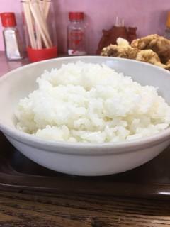 龍苑 - ミニラーより デカい白飯( ´艸`)