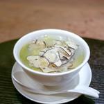 106045952 - ☆蛤と春キャベツのスープ、サマートリュフ