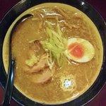 麺屋 マルニ - 味噌らーめん(750円)