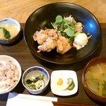 ごはん食堂 桐家 - 塩からあげ(5コ)