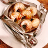 ビストロ オララ - 料理写真:エスカルゴ ブルーチーズ乗せ