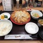 106060066 - 餃子12個定食 赤 930円