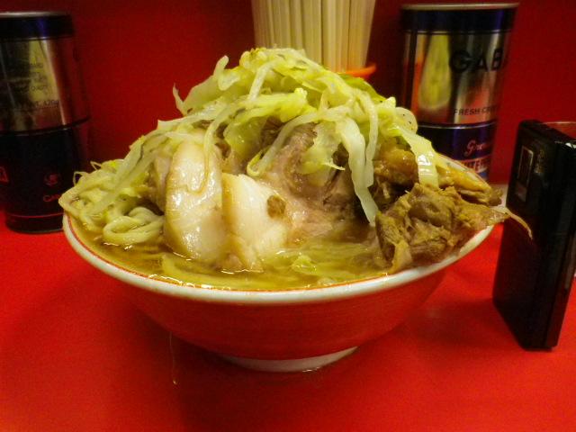 ラーメン二郎 三田本店 - 2011/11 大豚野菜ニンニクカラメ