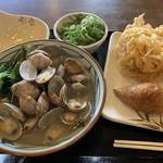 丸亀製麺 - あさりうどん並、野菜かきあげ、いなり