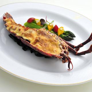 フランスの伝統と各地の郷土料理をご紹介