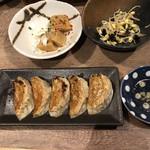 106076167 - 肉餃子