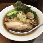 一刀流らーめん - 料理写真:超煮干醤油ラーメン+味玉子