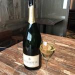 Chi-Fu - Champagne DELAMOTTE‥‥グラスワインの代わりに選んで1000円追加(税込・サ別)