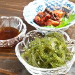 ゆきや - お店の看板おかぁさんは沖縄宮古島出身。沖縄料理も御楽しみください♪
