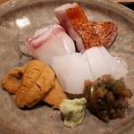 106094362 - 炙り金目鯛 アオリイカ 鯛 雲丹
